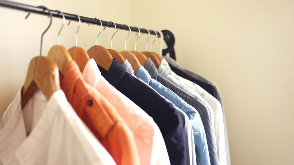 clean the closet